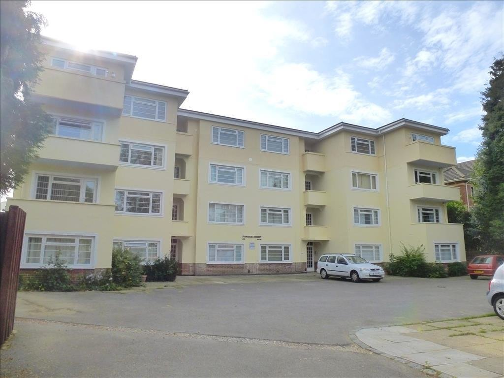 Best 1 Bedroom Apartment For Sale In Archers Road Southampton With Pictures
