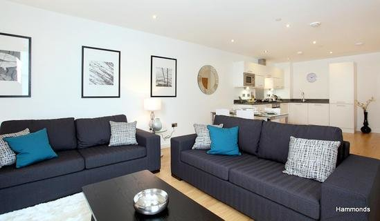 Best 1 Bedroom Flat To Rent In Halo Tower Stratford E15 With Pictures Original 1024 x 768
