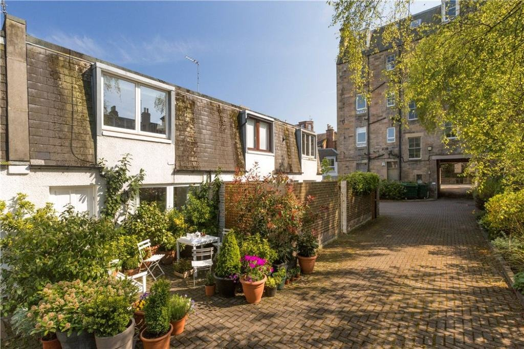 Best 2 Bedroom House For Sale In Raeburn Mews Edinburgh With Pictures