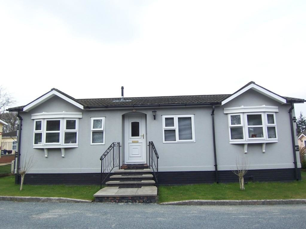 Best 2 Bedroom Mobile Home For Sale In Box Hill Tadworth Kt20 With Pictures