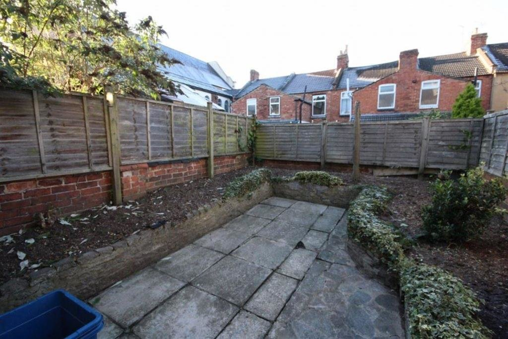 Best 3 Bedroom House To Rent In Whitworth Road Northampton Nn1 With Pictures