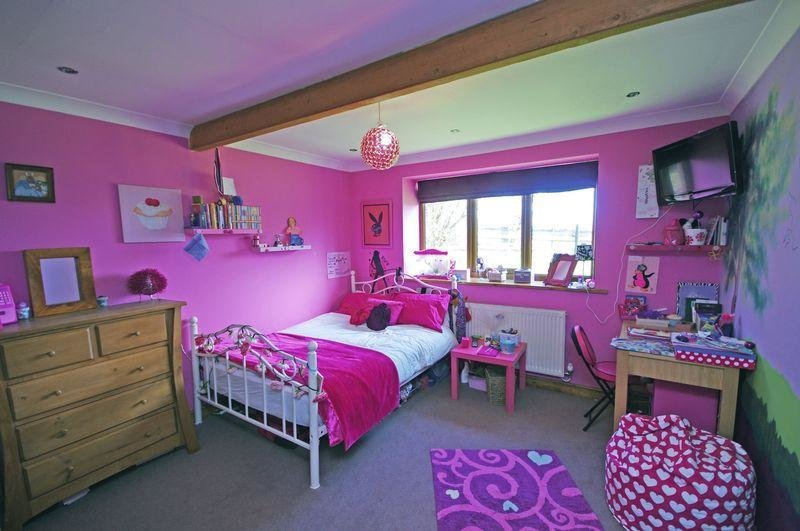 Best Lilac Purple Bedroom Design Ideas Photos Inspiration With Pictures