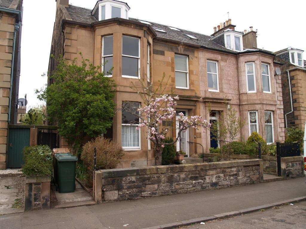Best 2 Bedroom House For Sale In Summerside Place Edinburgh With Pictures