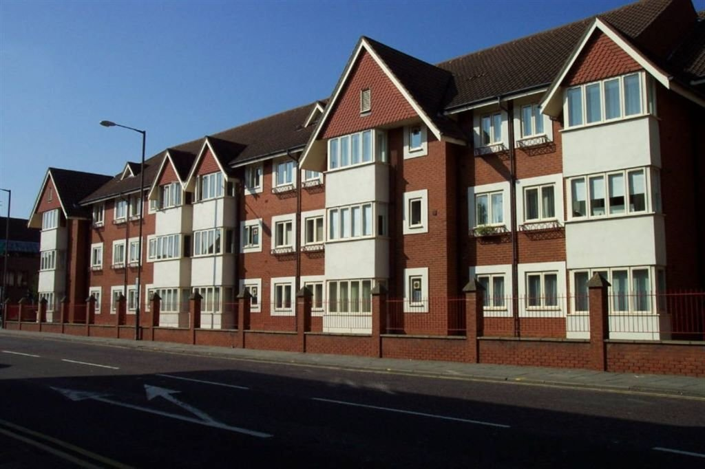 Best 2 Bedroom Apartment To Rent In Olivier Court Bedford With Pictures