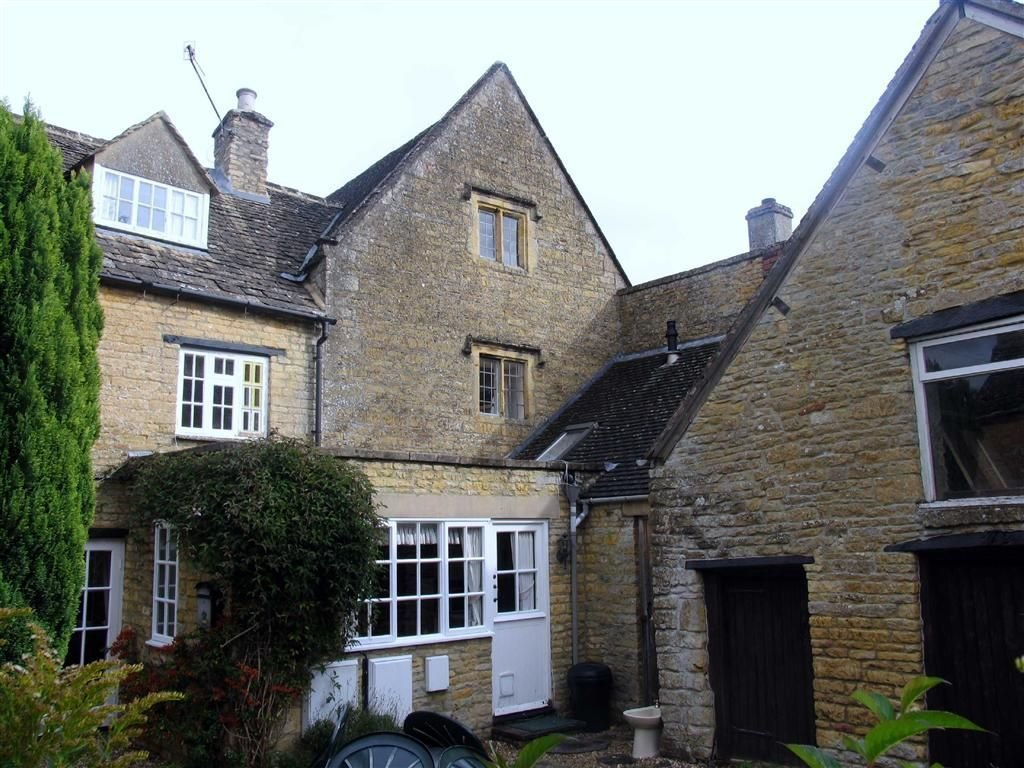 Best 2 Bedroom Cottage To Rent In Clapton Row Bourton On The With Pictures