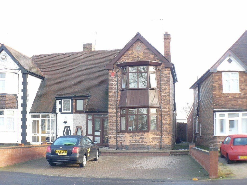 Best 3 Bedroom Semi Detached House For Sale In Stechford Lane Ward End Birmingham B8 With Pictures