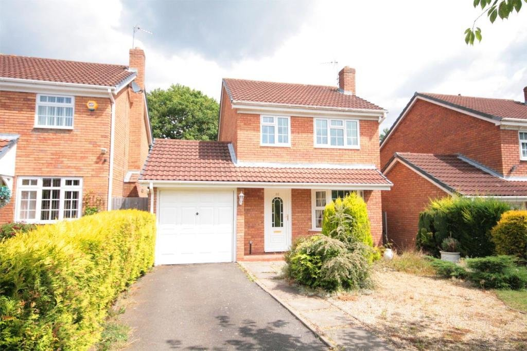 Best 3 Bedroom Detached House To Rent In 32 Hermitage Way With Pictures