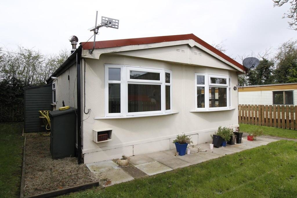 Best 2 Bedroom Mobile Home To Rent In Grove Hall Park Homes With Pictures