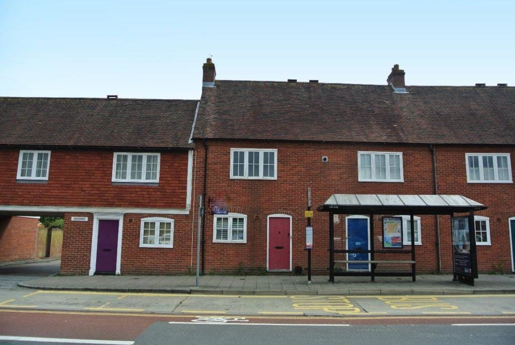 Best 2 Bedroom House To Rent In Lower Chantry Lane Canterbury Ct1 With Pictures