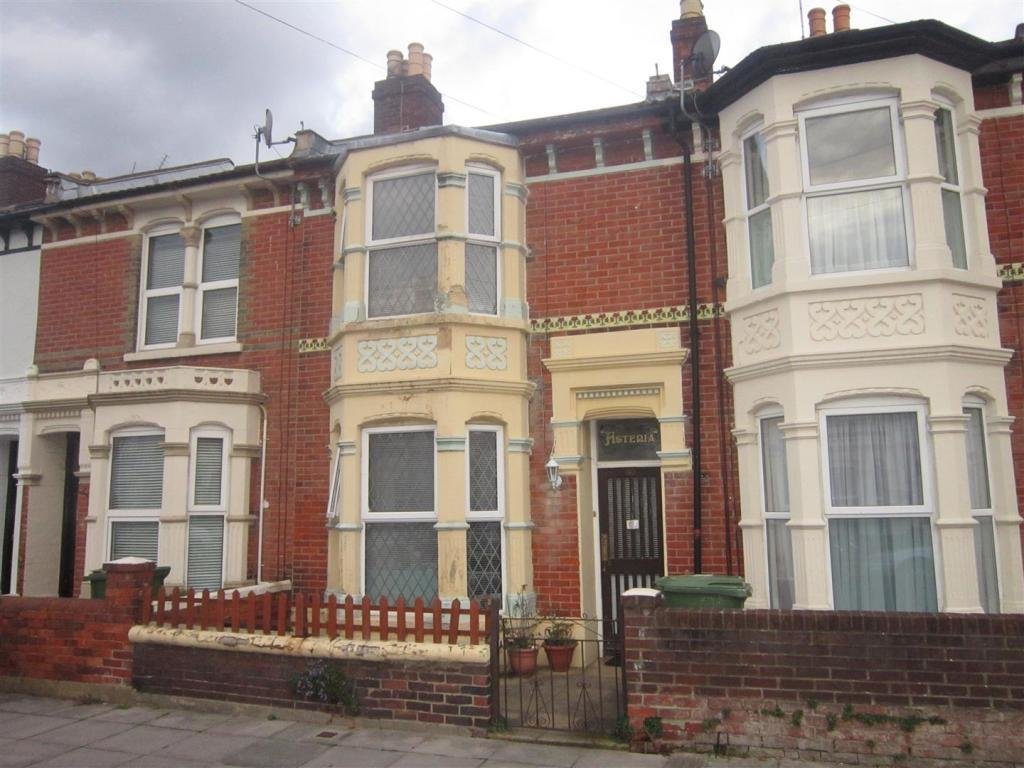 Best 3 Bedroom House For Sale In Farlington Road Portsmouth Po2 With Pictures