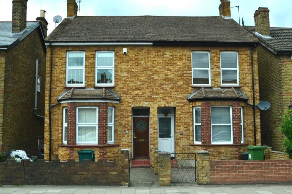 Best 3 Bedroom Semi Detached House To Rent In Homesdale Road With Pictures