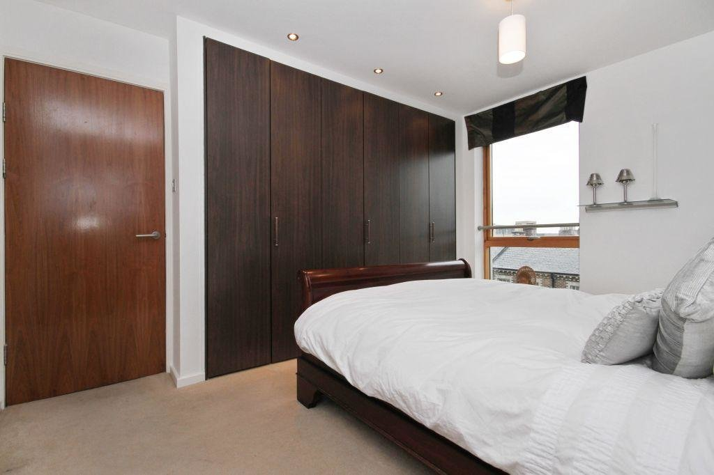 Best 2 Bedroom Flat For Sale In 41 12 Gardners Crescent With Pictures