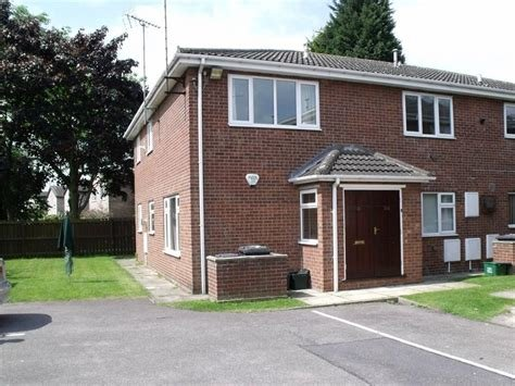 Best 2 Bedroom Flat To Rent In Stoops Lane Bessacarr With Pictures