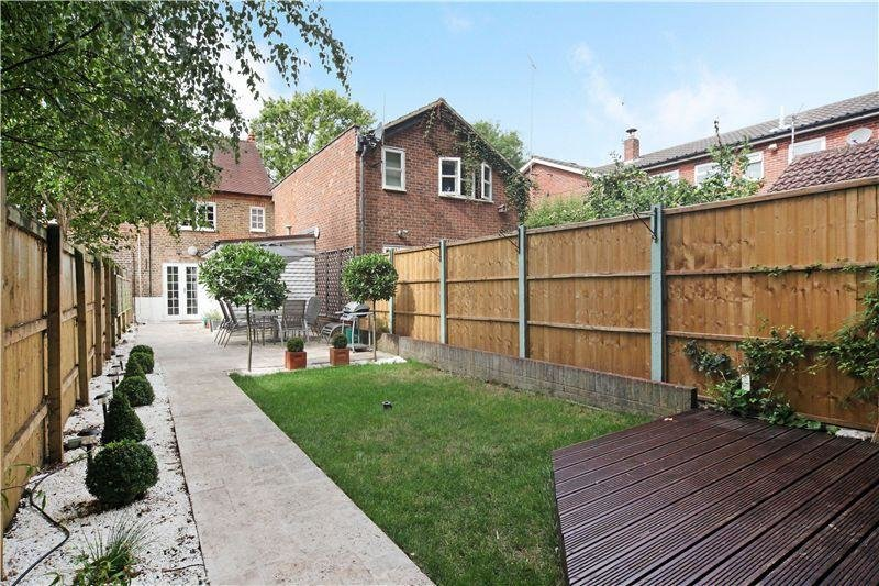 Best 3 Bedroom House To Rent In Oxford Road Marlow With Pictures