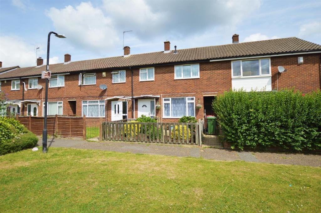 Best 3 Bedroom Terraced House For Sale In Wordsworth Road With Pictures