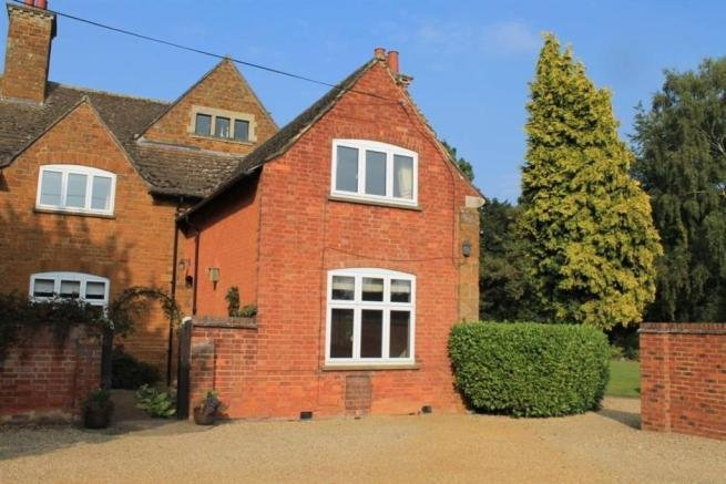 Best 2 Bedroom House To Rent In Nether Green Lodge Sutton Road With Pictures