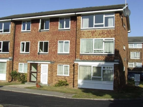 Best 2 Bedroom Flat To Rent In Stanstead Manor St James Road With Pictures