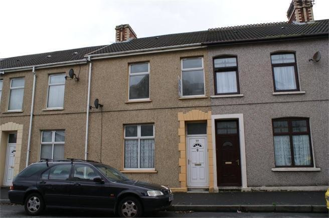 Best 3 Bedroom Terraced House To Rent In New Dock Road With Pictures