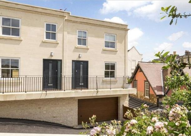 Best 2 Bedroom Terraced House For Sale In Upper East Hayes Bath Somerset Ba1 Ba1 With Pictures