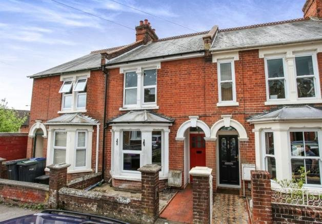 Best 3 Bedroom Terraced House For Sale In Bedford Road With Pictures