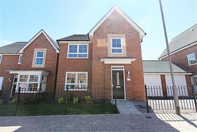 Best 4 Bedroom Detached House To Rent In Spire Heights With Pictures