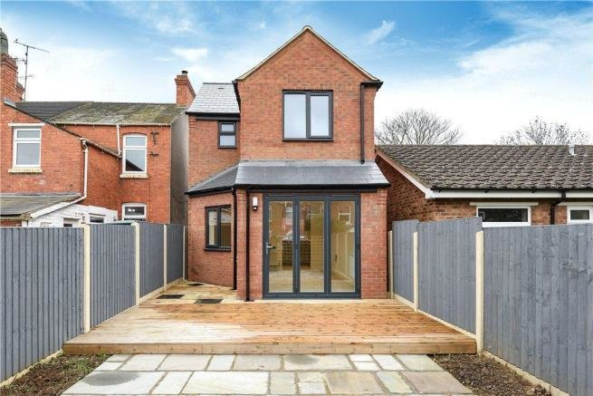 Best 2 Bedroom Detached House For Sale In Bounty Street New With Pictures