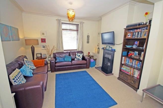 Best 2 Bedroom Terraced House For Sale In Carmarthen Street With Pictures
