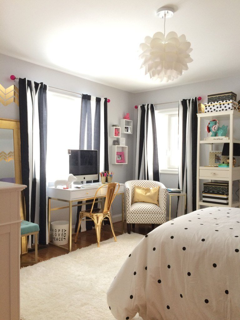 Best Black White And Chic All Over T**N Bedroom Makeover With Pictures