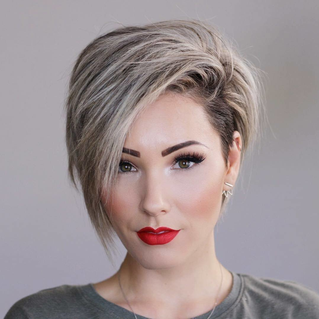 Free 10 New Short Hairstyles For Thick Hair 2019 Wallpaper