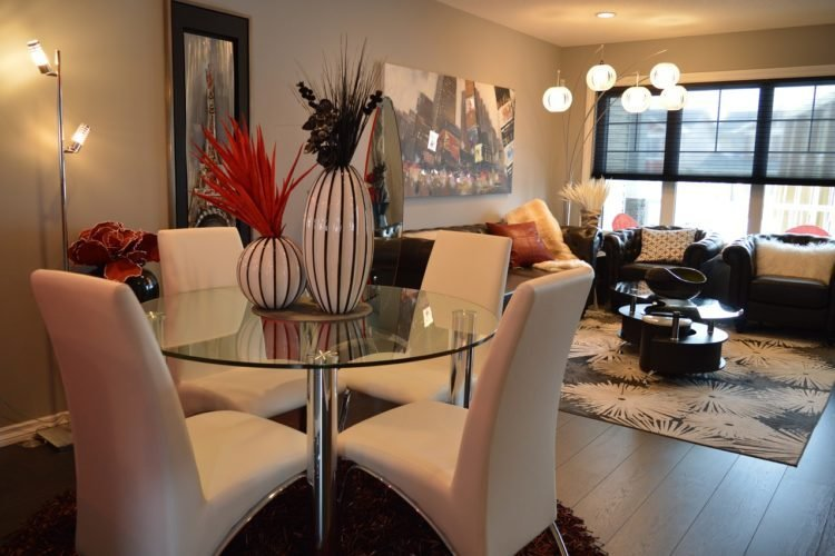 Best How To Create More Space In A Small Living Room Simplemost With Pictures