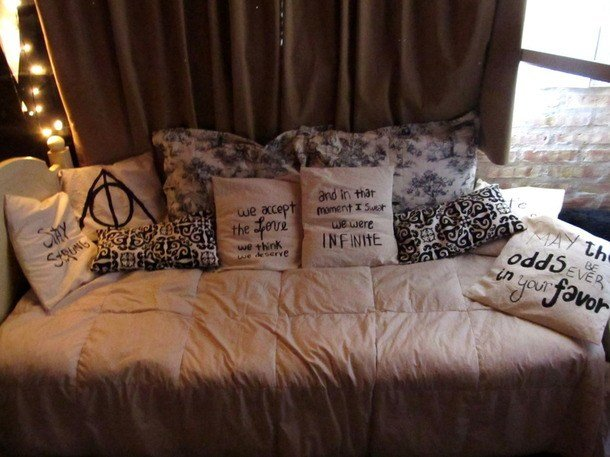 Best Bed Harry Potter Pillows Room The Hunger Games Image With Pictures