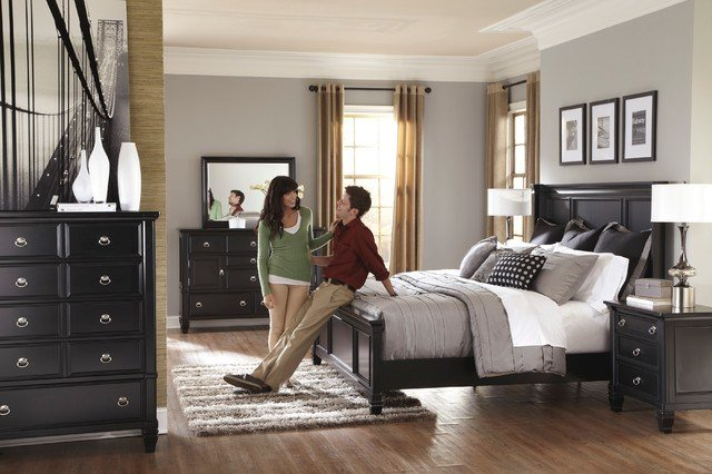 Best Ashley Greensburg Bedroom Collection Traditional With Pictures