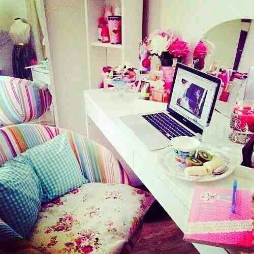 Best Cute Girly Desk For Bedroom Tumblr Dream Rooms Homes With Pictures