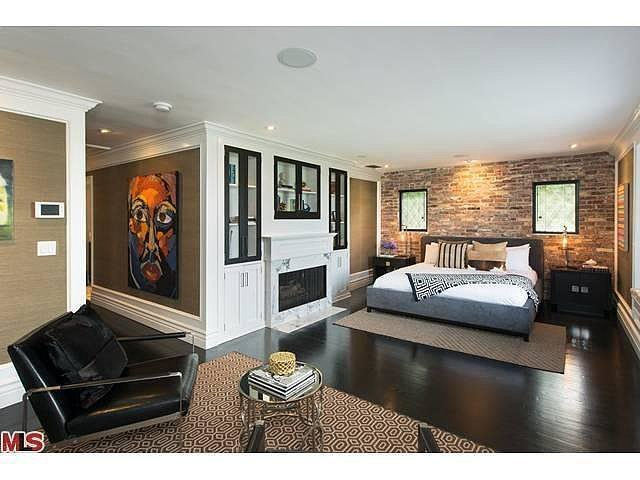 Best In The Master Bedroom Brick And Grasscloth Provide Visual With Pictures