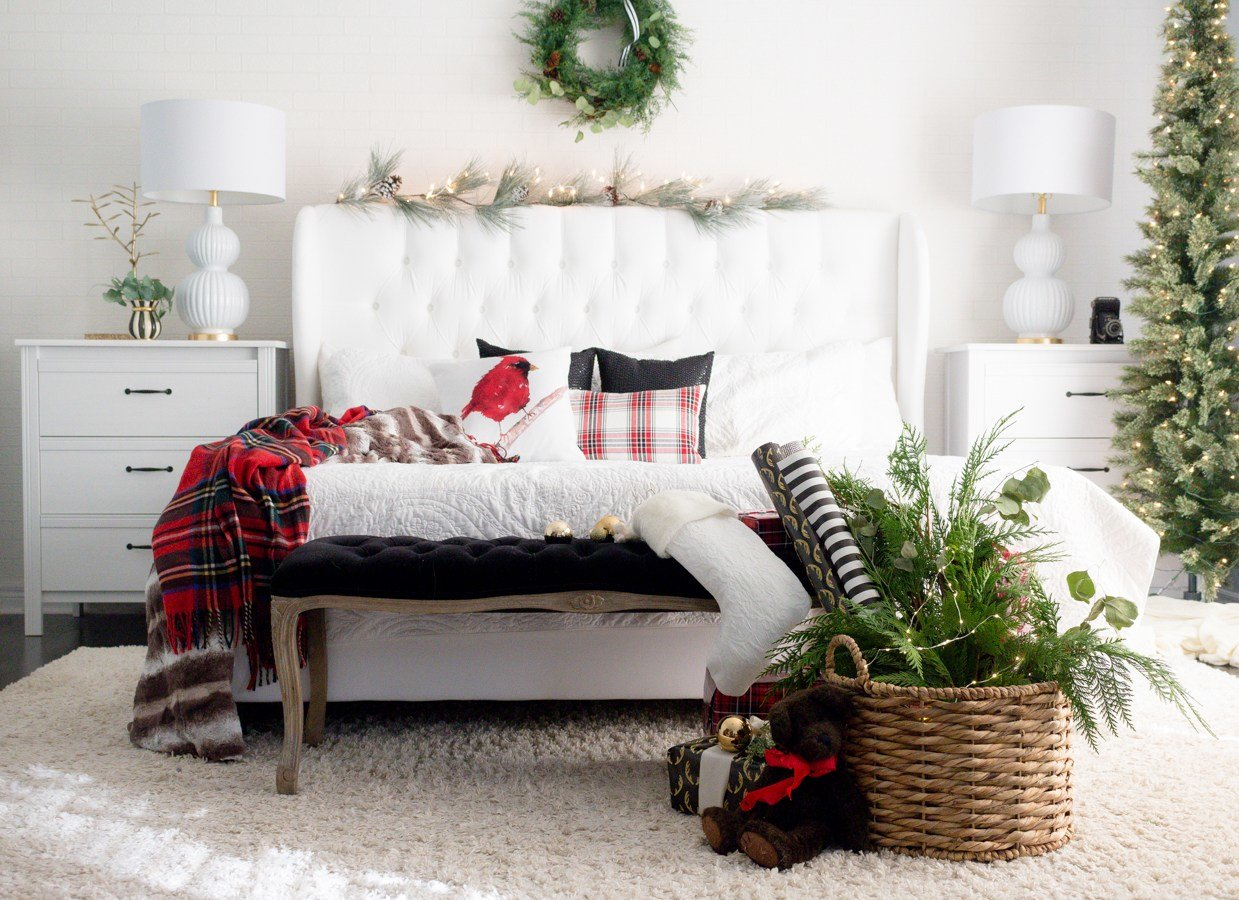 Best Fantastic Bedrooms With Christmas Tree That Will Warm Your With Pictures
