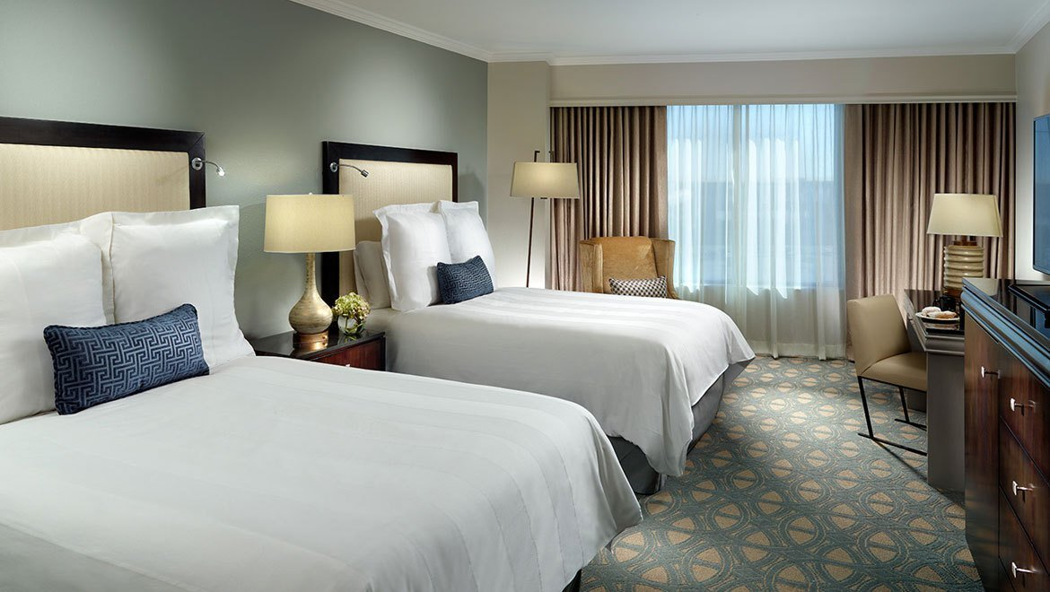 Best Hotel Suites In New Orleans Omni Riverfront Hotel With Pictures