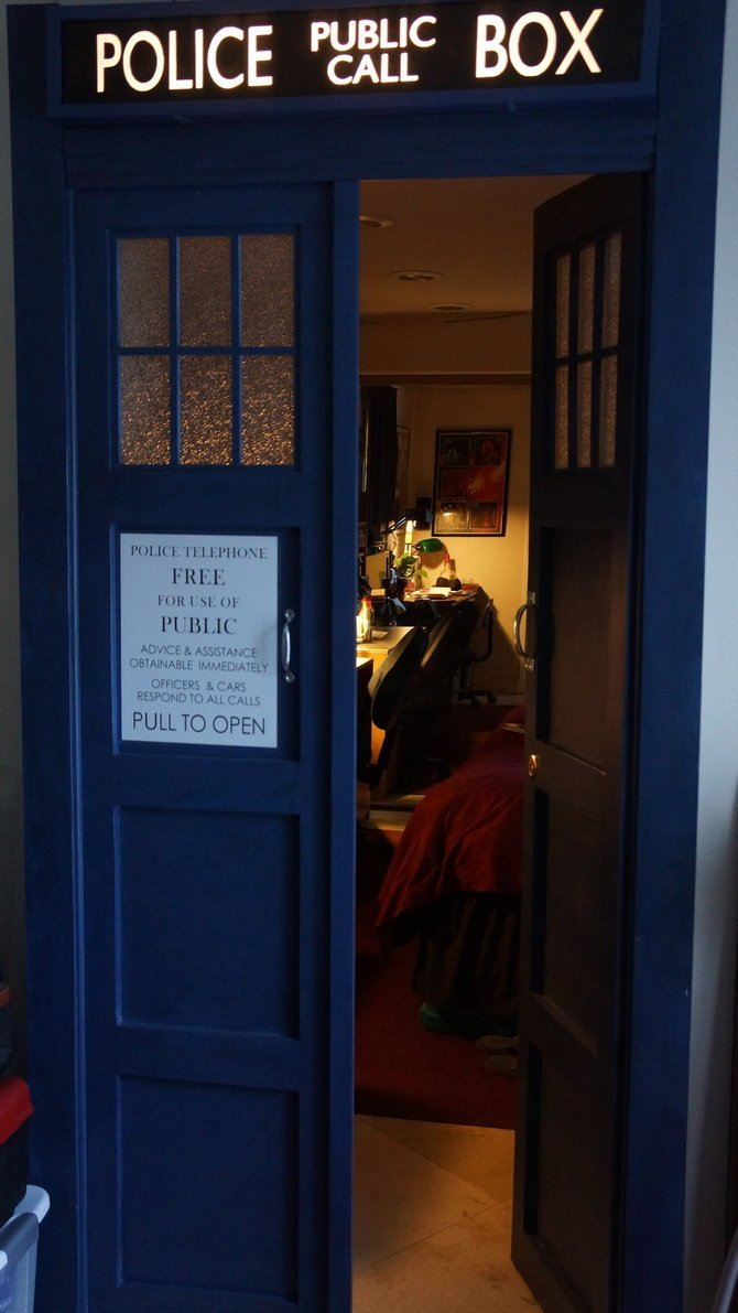 Best Tardis Bedroom Door By Thedaleofthedead On Deviantart With Pictures