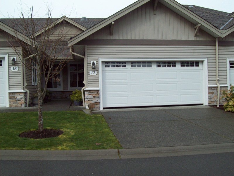 Best 2 Bedroom 2 Bath Townhouse In Parksville With Pictures