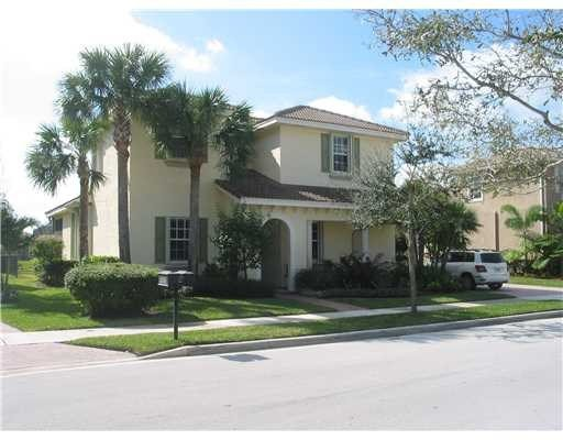 Best 6 Bedroom Jupiter Florida Home For Sale In Paseos With Pictures