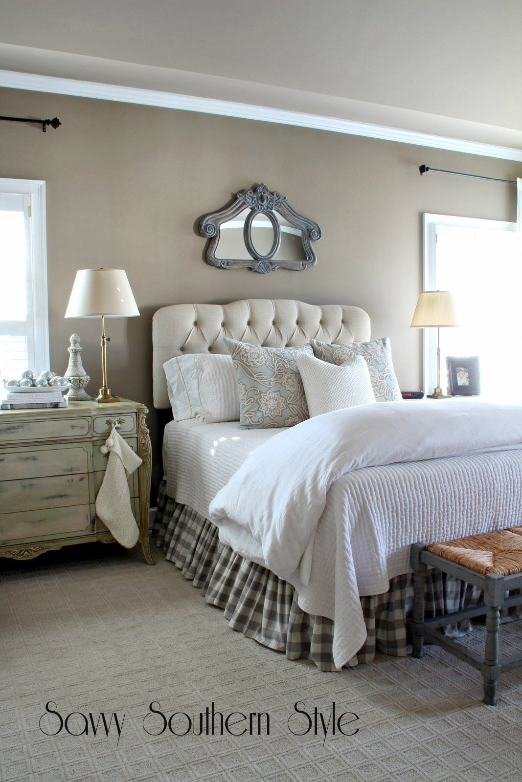 Best Savvy Southern Style Winter White Bedroom With Pictures