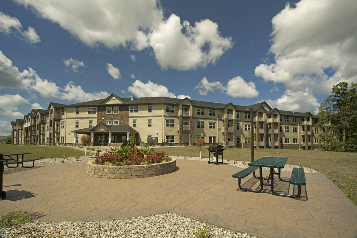Best River Bluff Apartments Mankato Townhomes In Mn Lloyd With Pictures