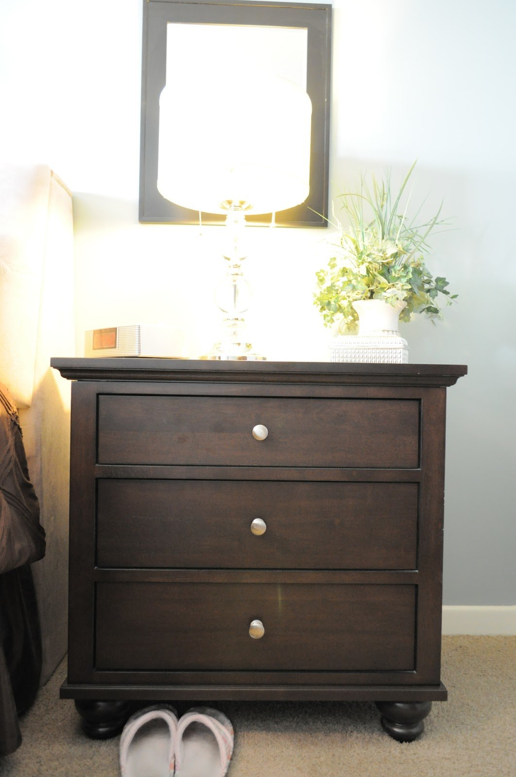 Best How I Organize My Bedroom The Nightstands Organizing With Pictures