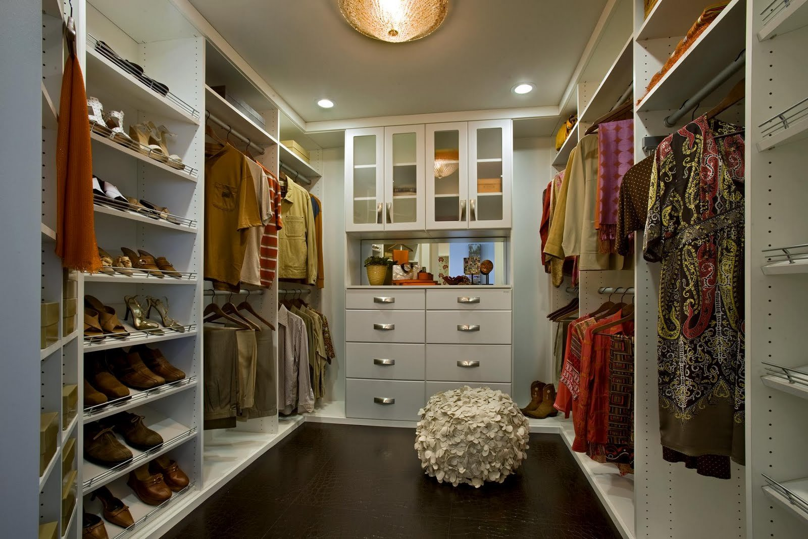 Best 17 Elegant And Trendy Bedroom Closet Desingns Home With Pictures