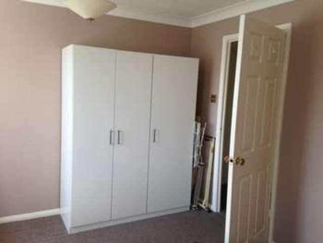 Best 1 Bedroom Flat To Rent In Parsonage Road Grays Rm20 With Pictures