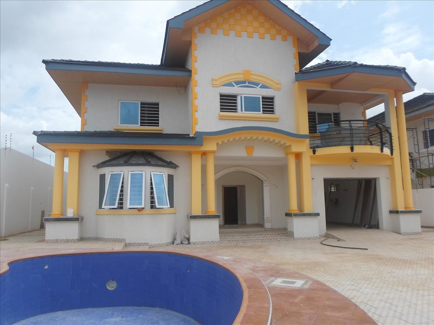 Best 4 Bedroom House To Let With Pool East Legon Sellrent Ghana With Pictures