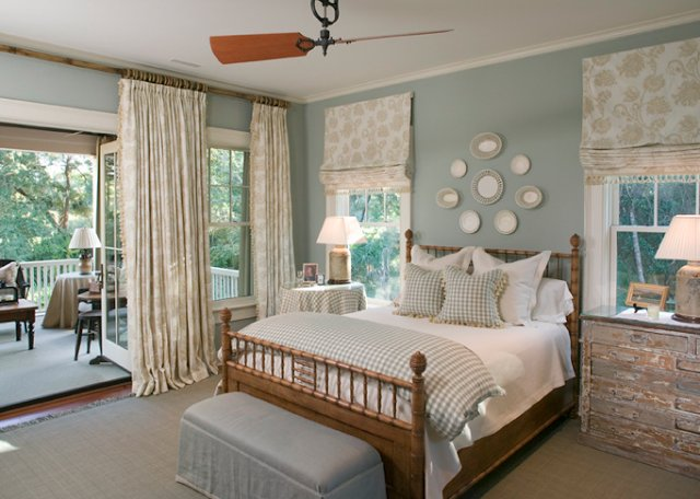 Best Bedroom Design Ideas Decorating Above Your Bed Driven With Pictures