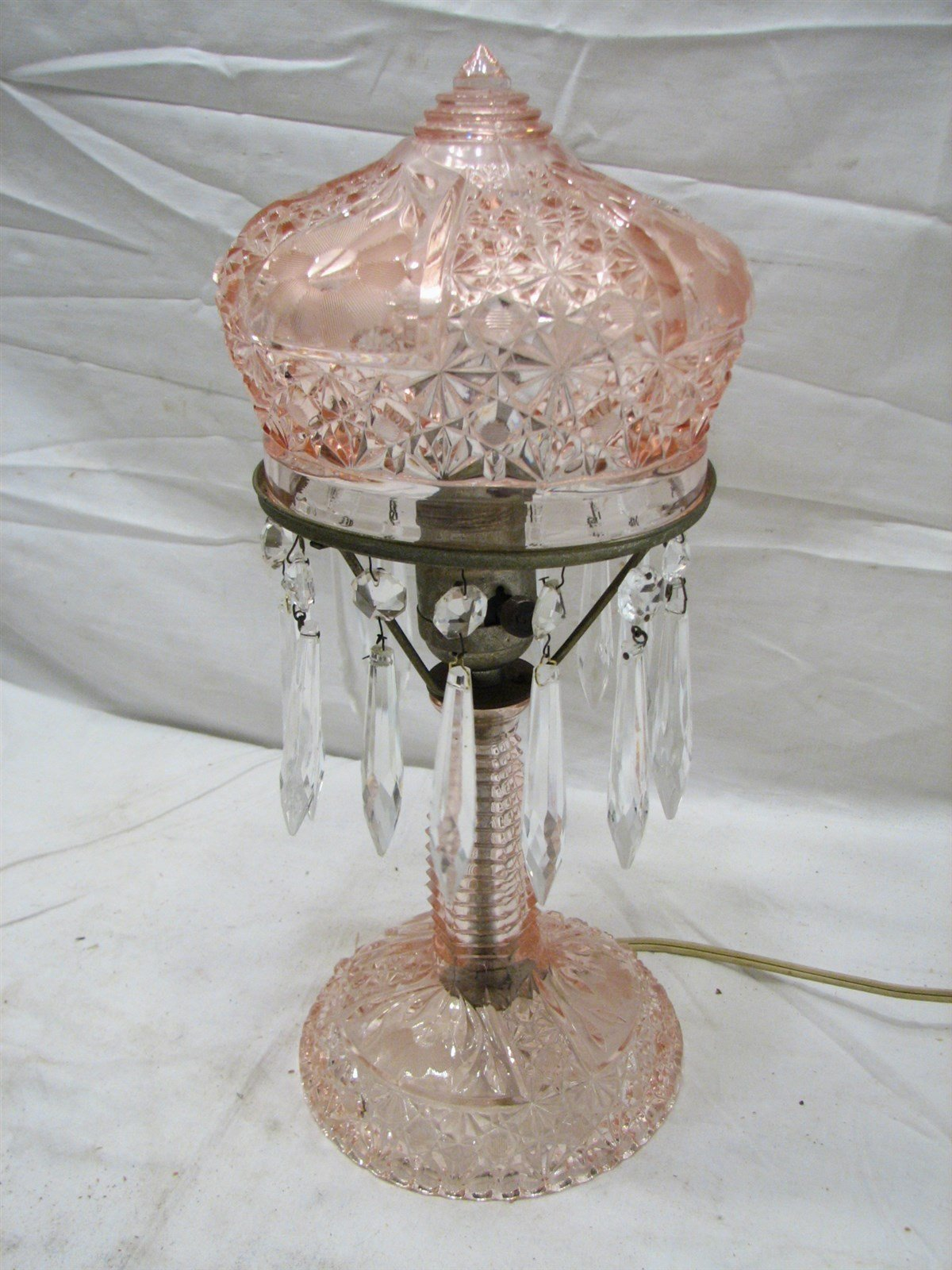 Best Vintage Cut Glass Pink Bedroom Crystal Pendant Boudoir Table Lamp Daisy Button Ebay With Pictures