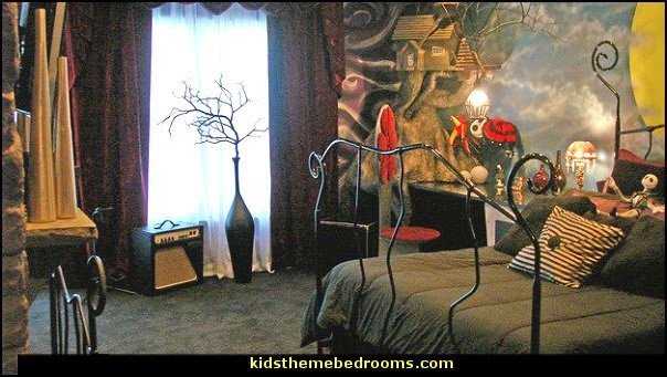 Best Decorating Theme Bedrooms Maries Manor Halloween With Pictures