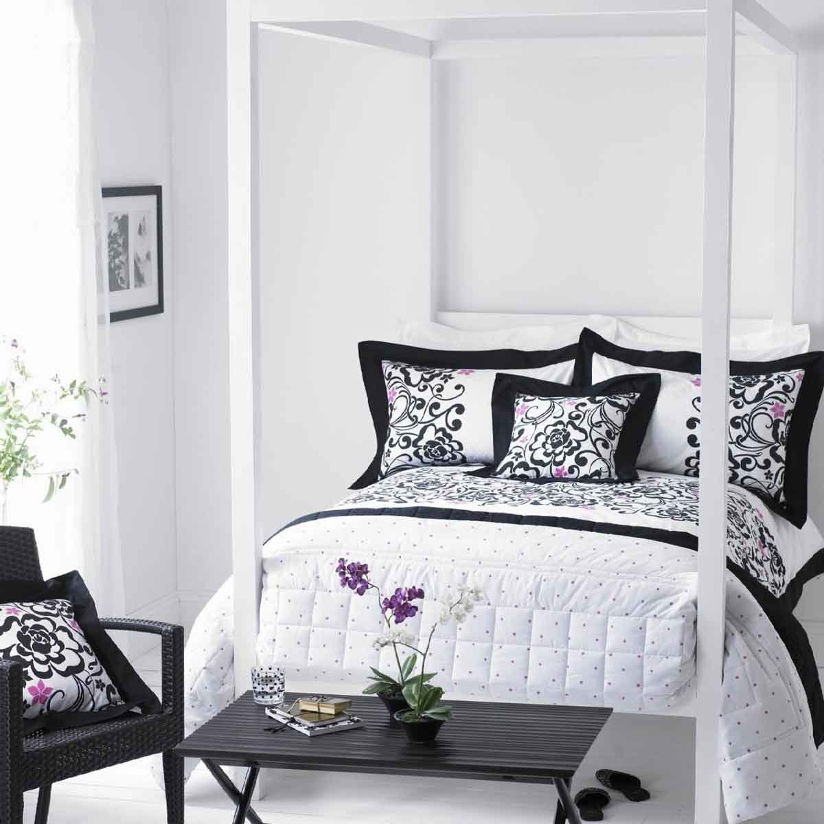Best Black White Grey Bedroom 2017 Grasscloth Wallpaper With Pictures
