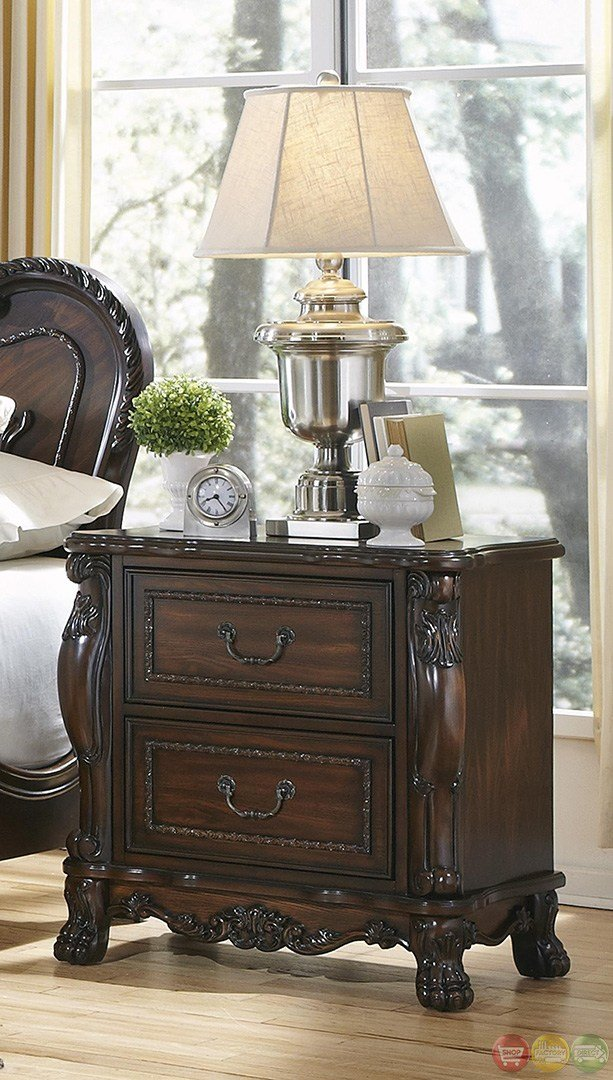 Best Abigail Victorian Antique Style Cherry Bedroom Set With Pictures